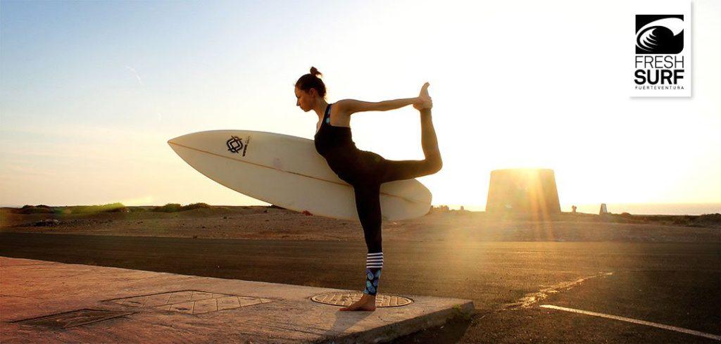 Yogaübungen sind für jeden Surfer hilfreich
