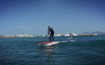 Surfen mal anders: Unser Gast Thomas beim SUP-Wellenreitkurs