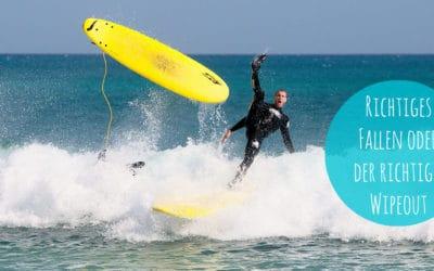 Der richtige Wipeout beim Surfen